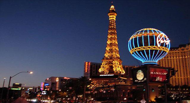 Paris France Cafes Near The Eiffel Tower Images