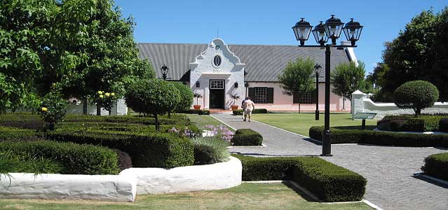 Photo of the South African Cape style of Voyager Estate Winery